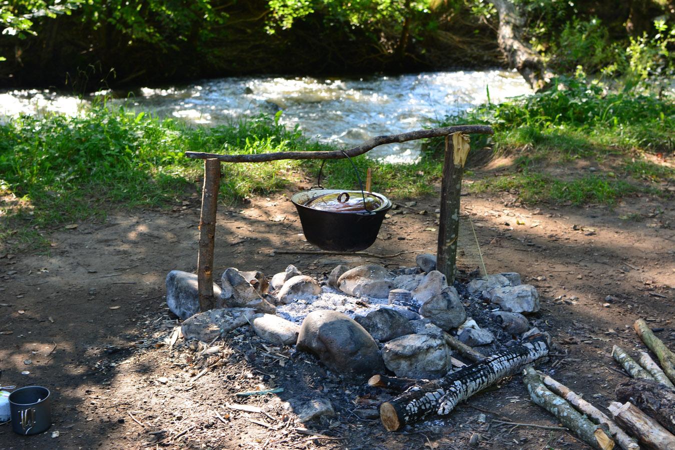 pregatiri bushcraft outdoor